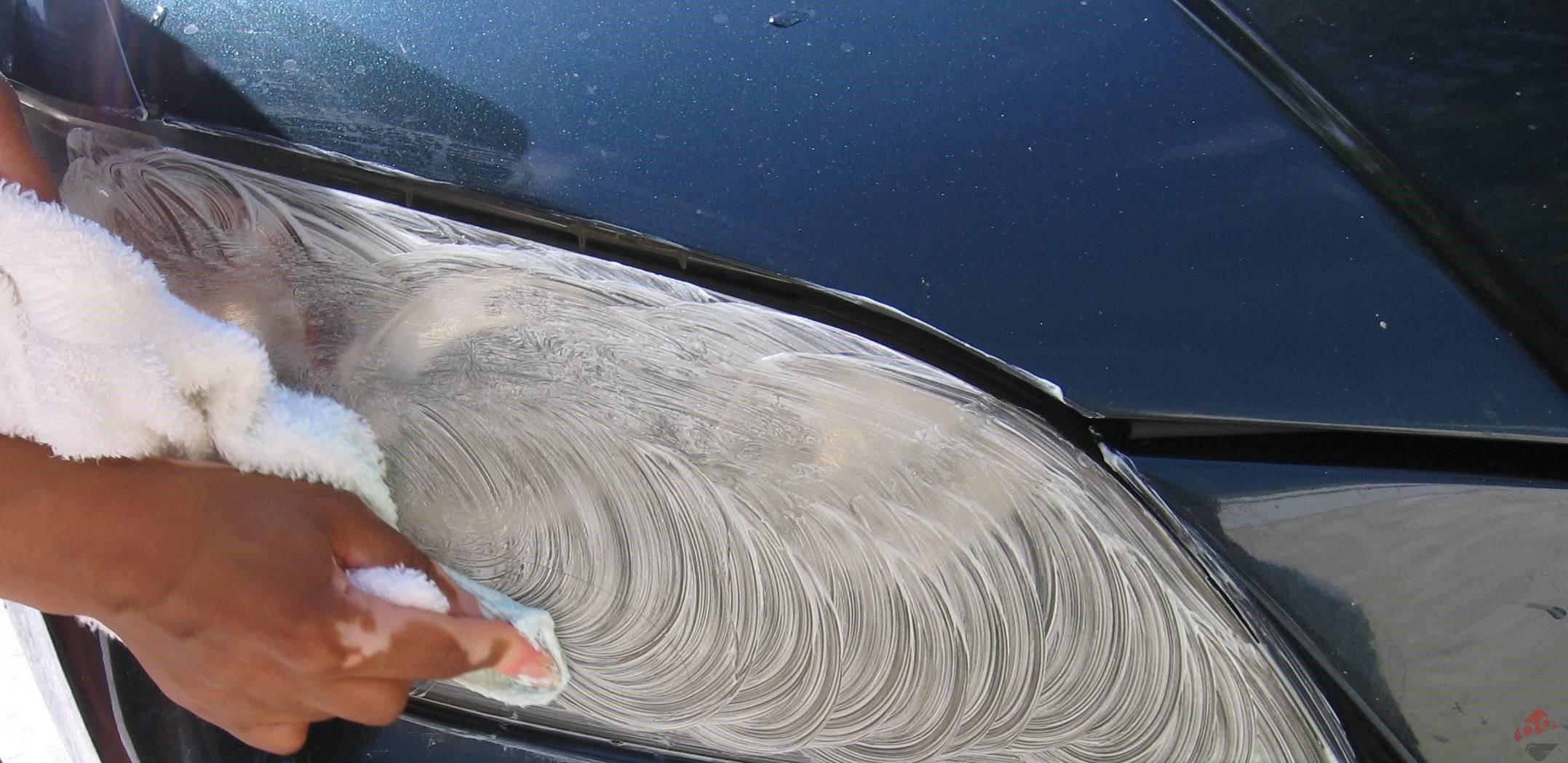 تمیز کردن چراغ خودرو