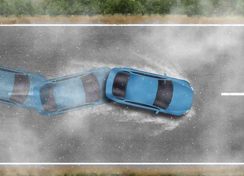 نحوه رانندگی در باران و جاده خیس و لغزنده